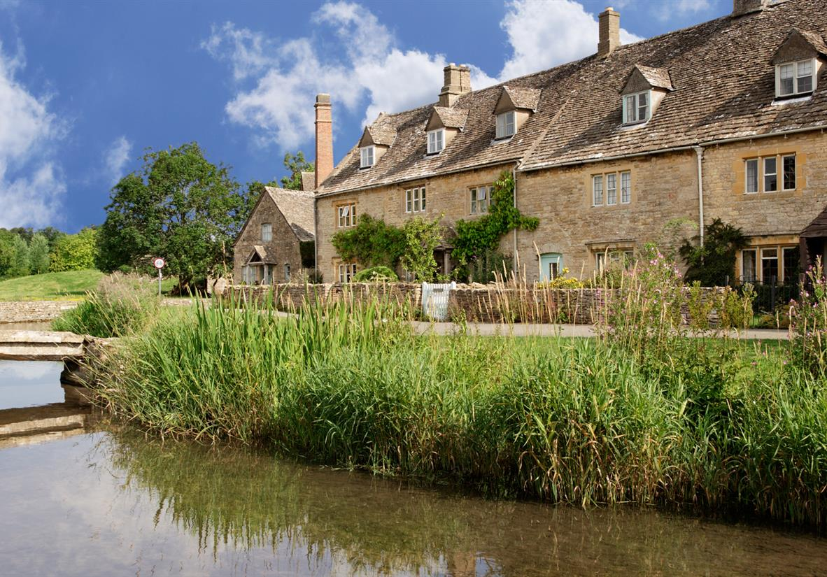 Peaceful riverside scenes in the Cotswolds
