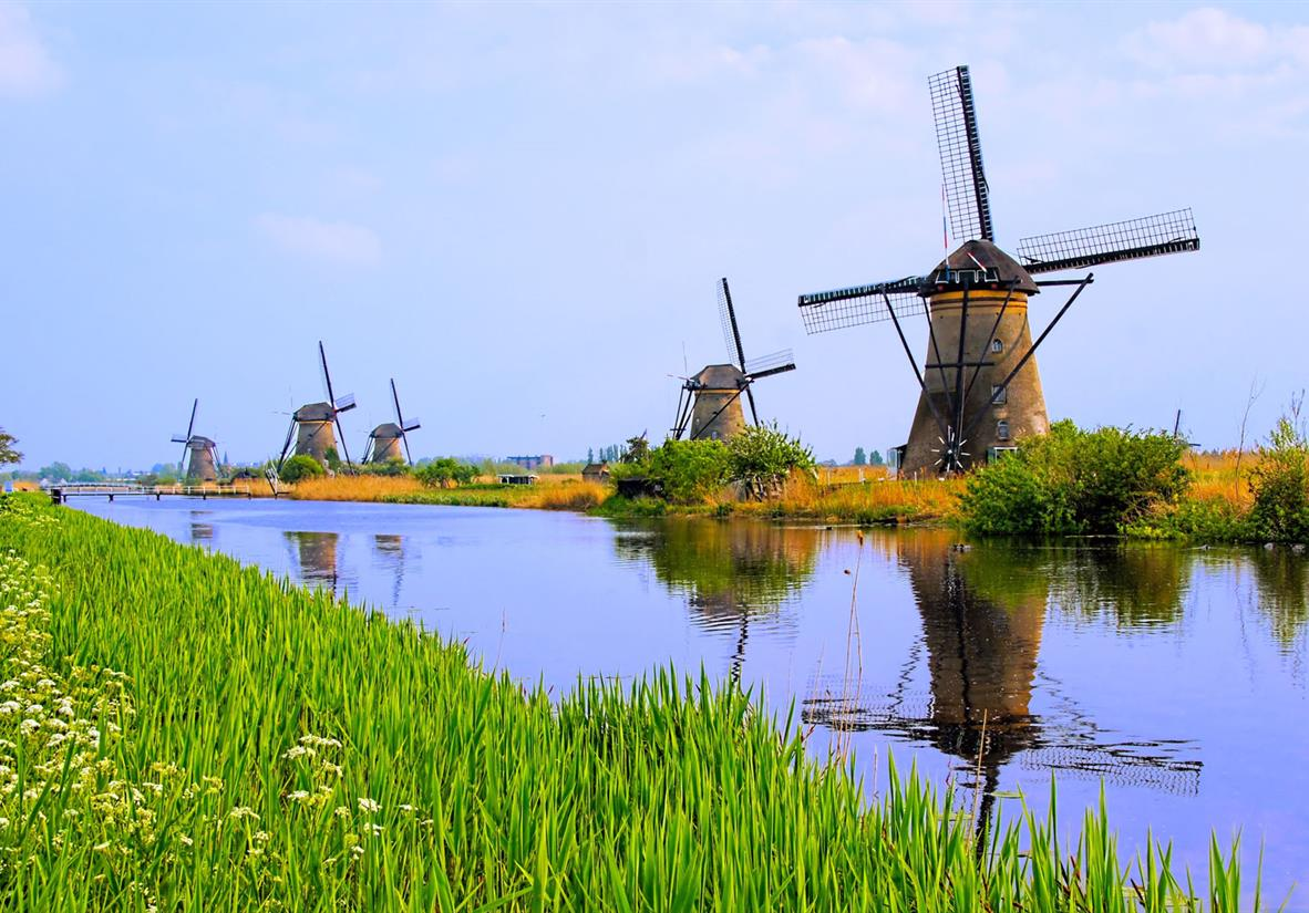 The 19 windmills of Kinderdijk