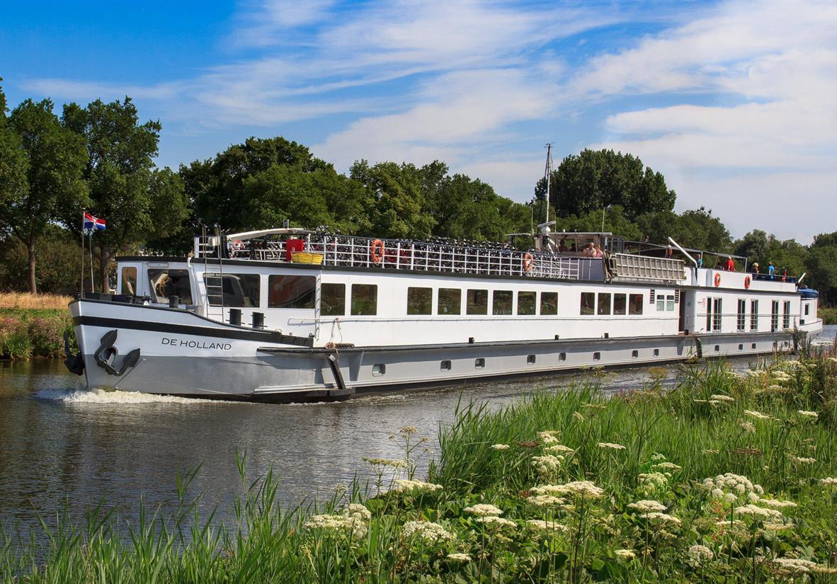 De Holland barge