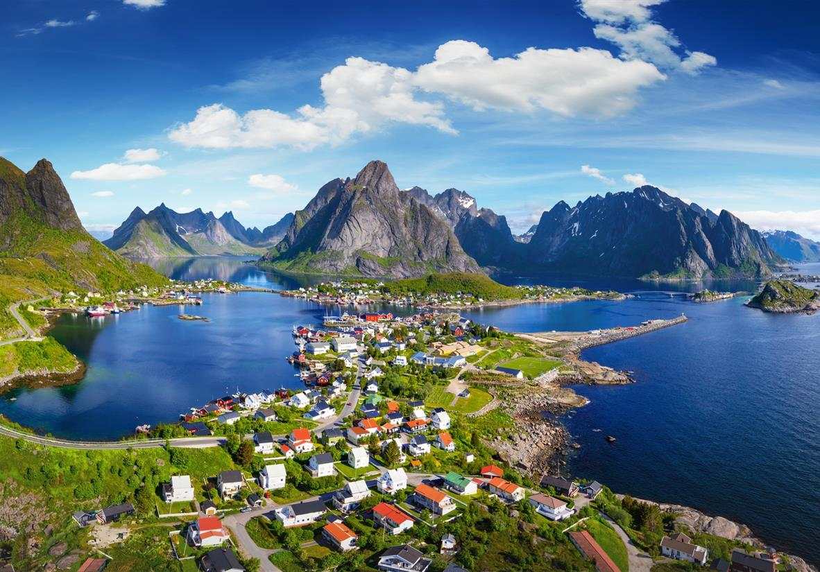 Walking the Lofoten Islands Tour