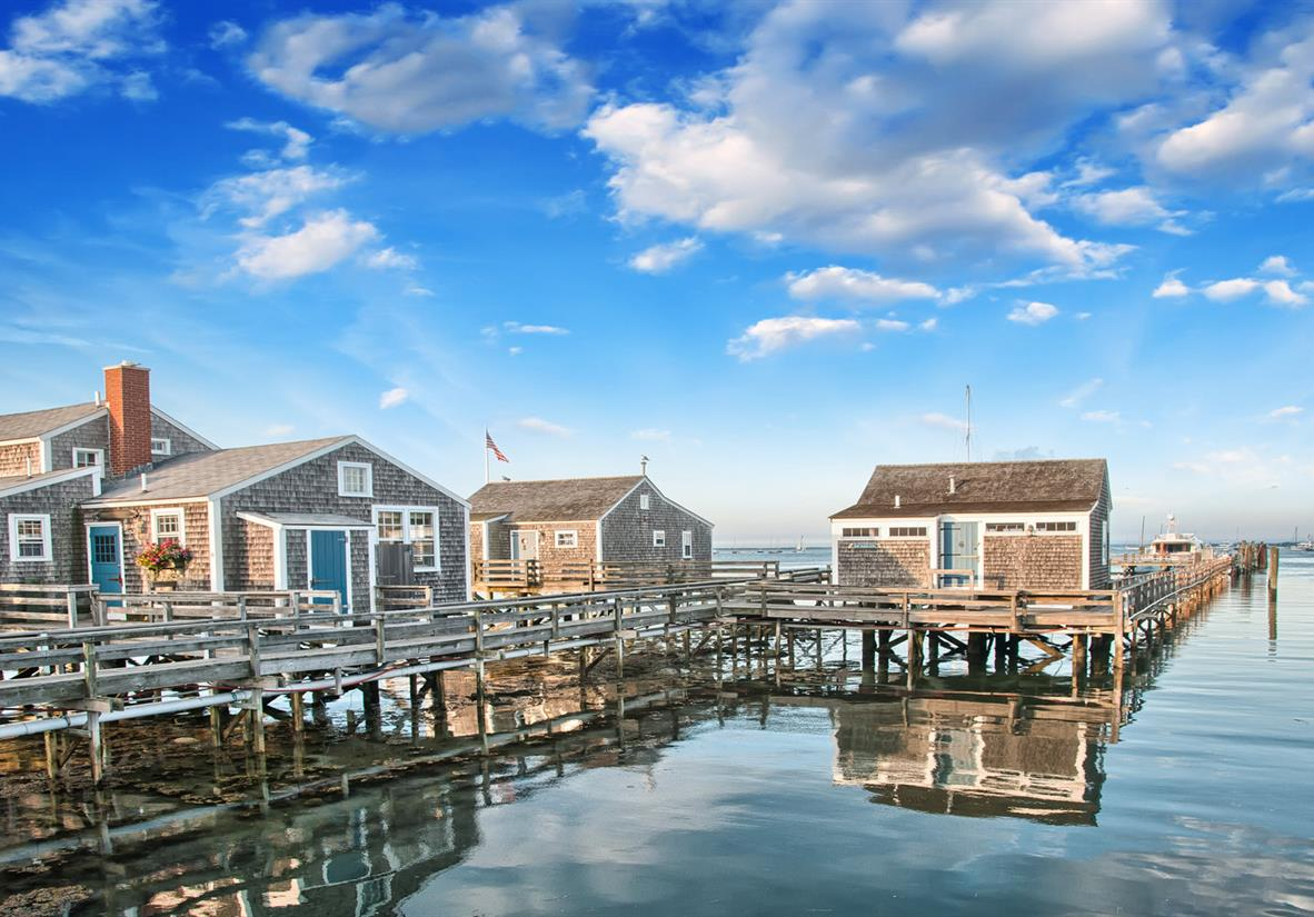 Shingled home of Massachusetts Colonial Islands