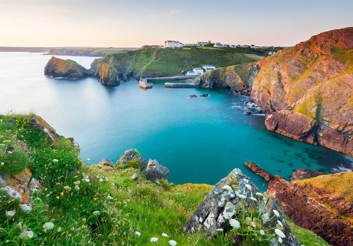 Beautiful coves and bays in Cornwall
