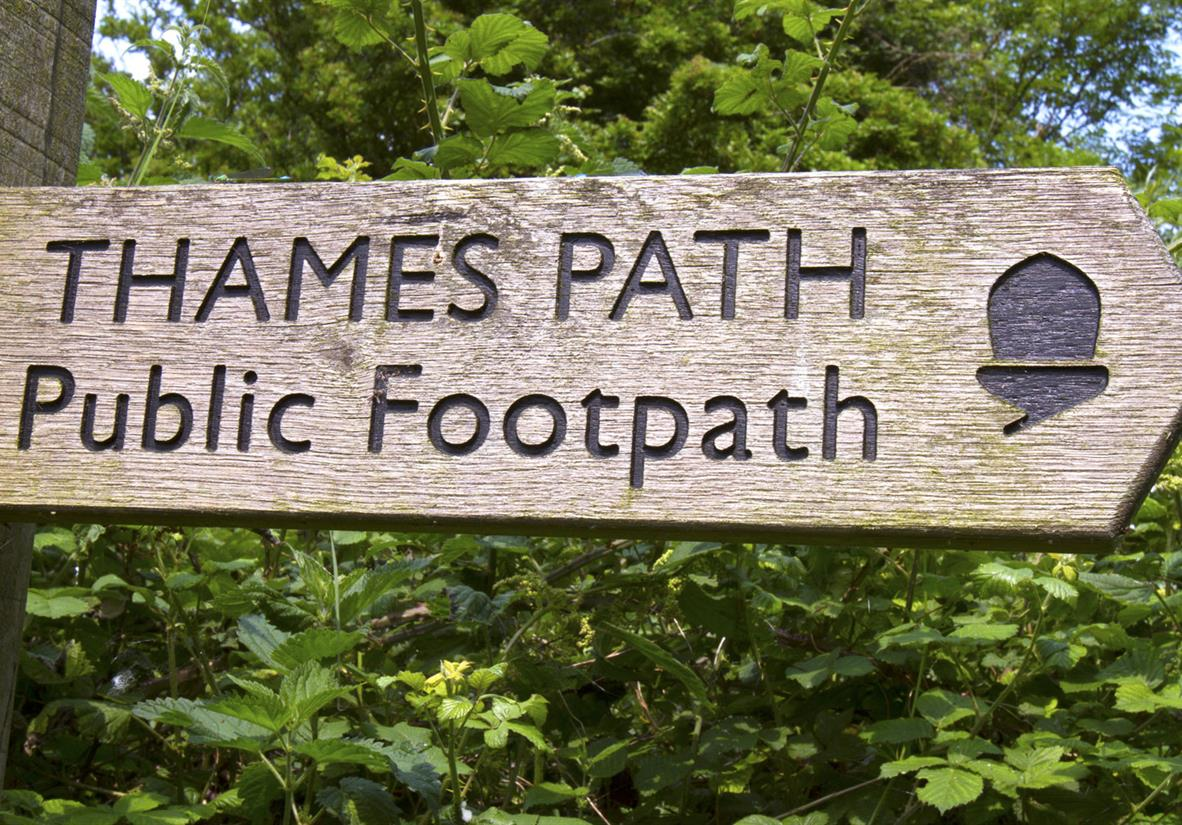 Thames Path signage will keep you on track