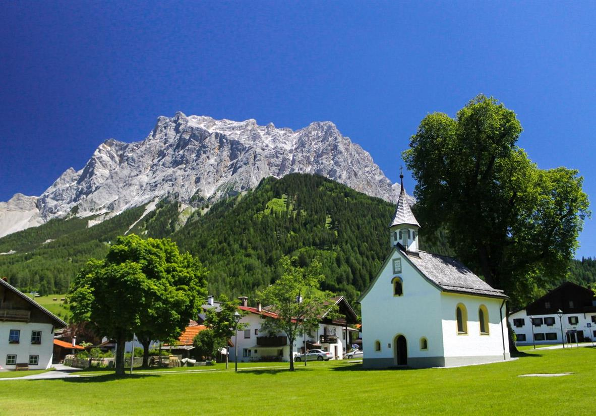 Ehrwald Chapel, at the foot of the Zugspitze