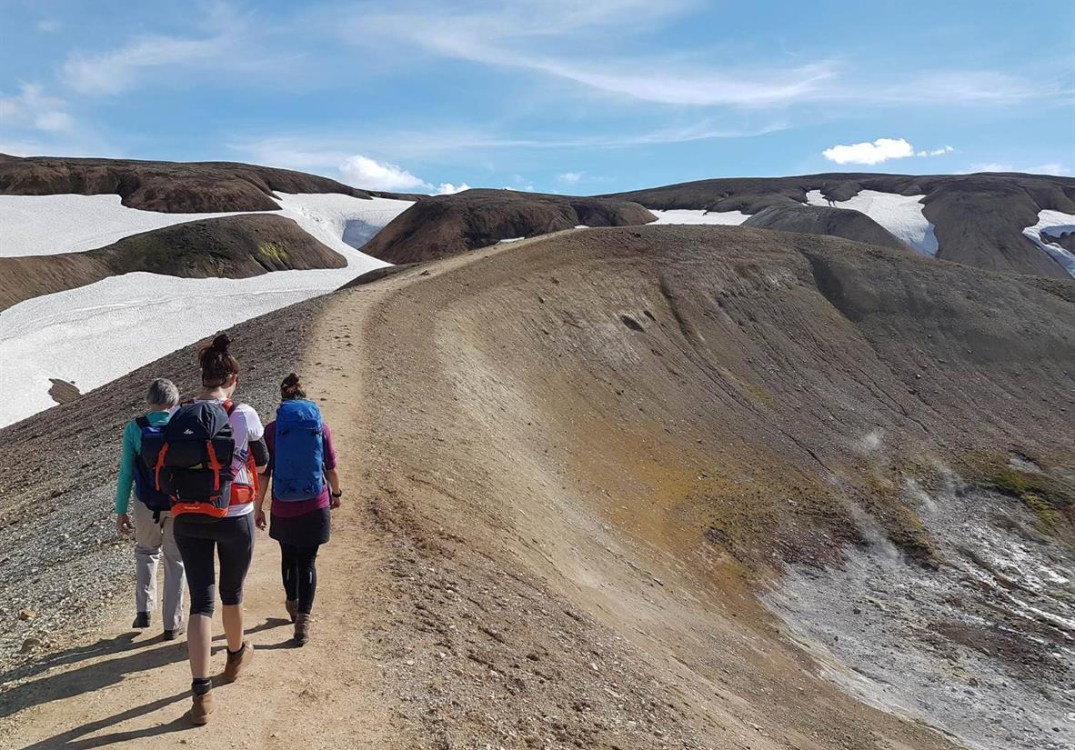 Walking the Laugavegur Trail with an expert guide