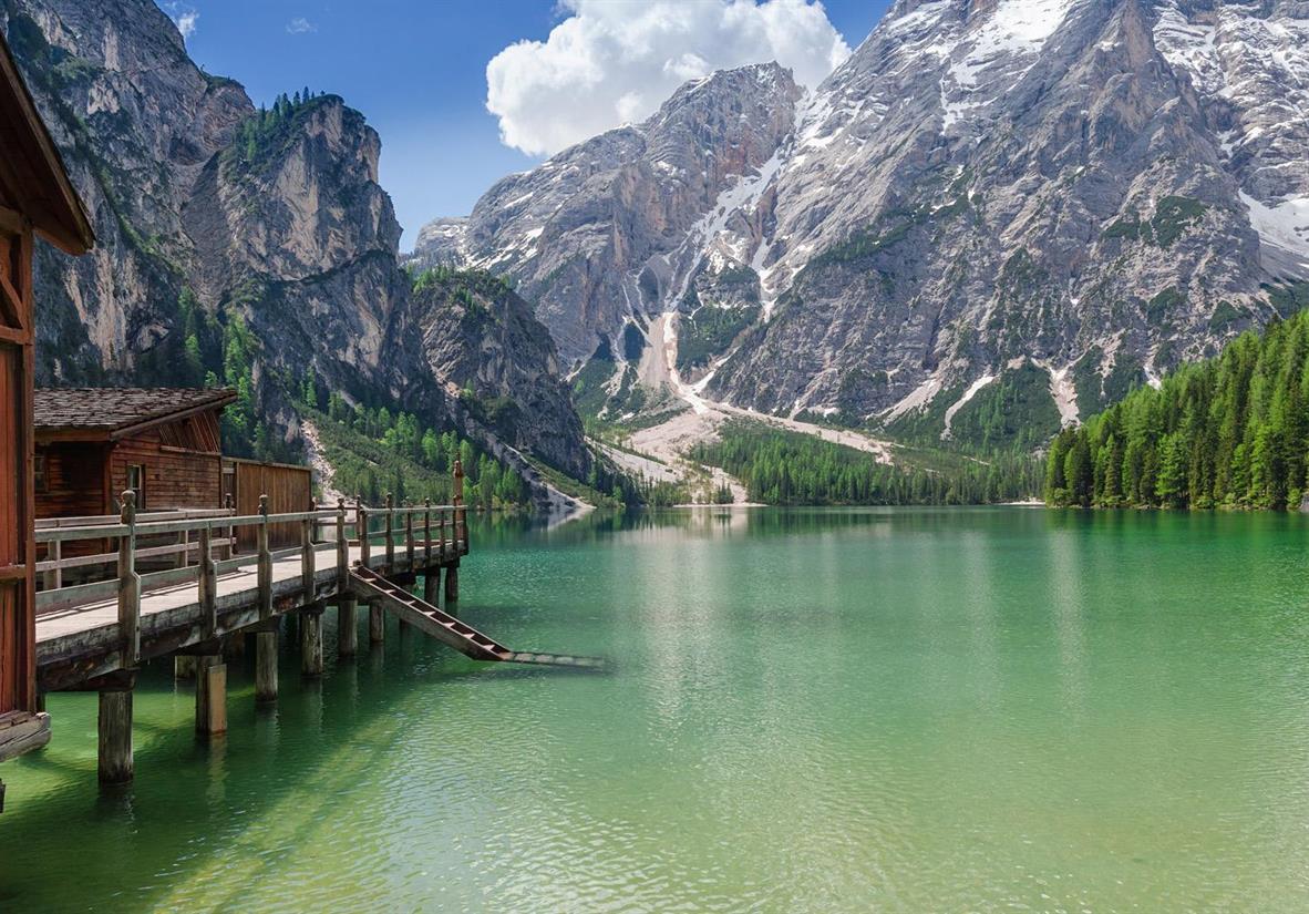 Ihre Wanderung beginnt am Lago di Braies