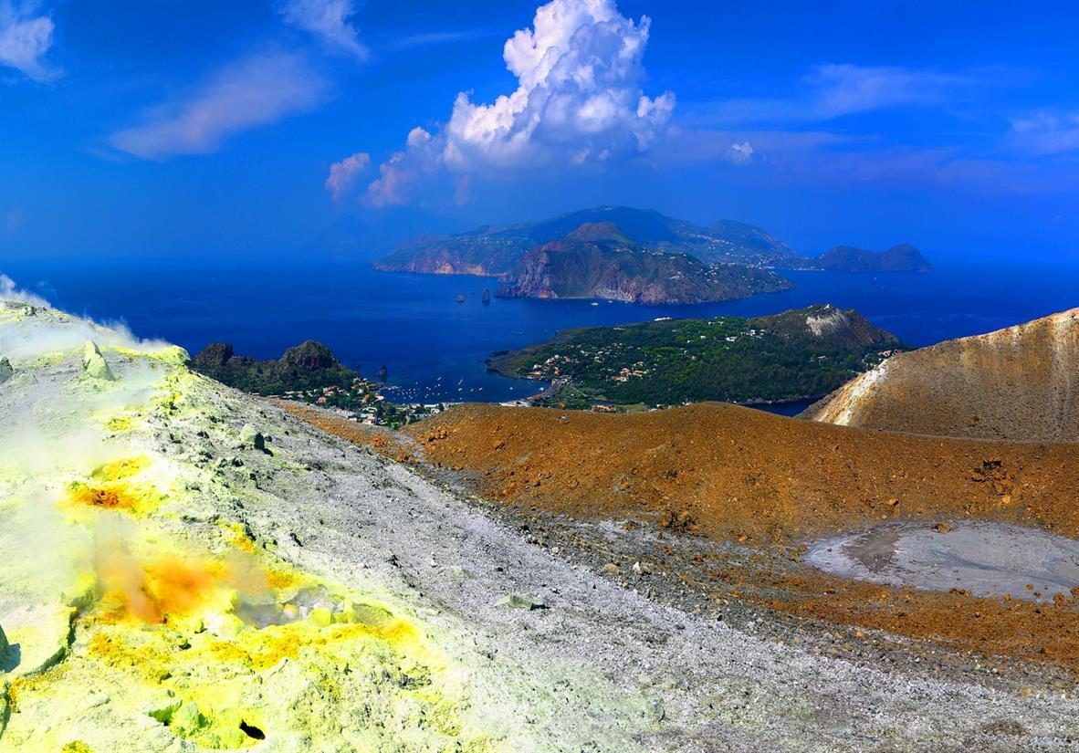 Wanderreise liparische Inseln und Taormina-Krater auf Vulcano