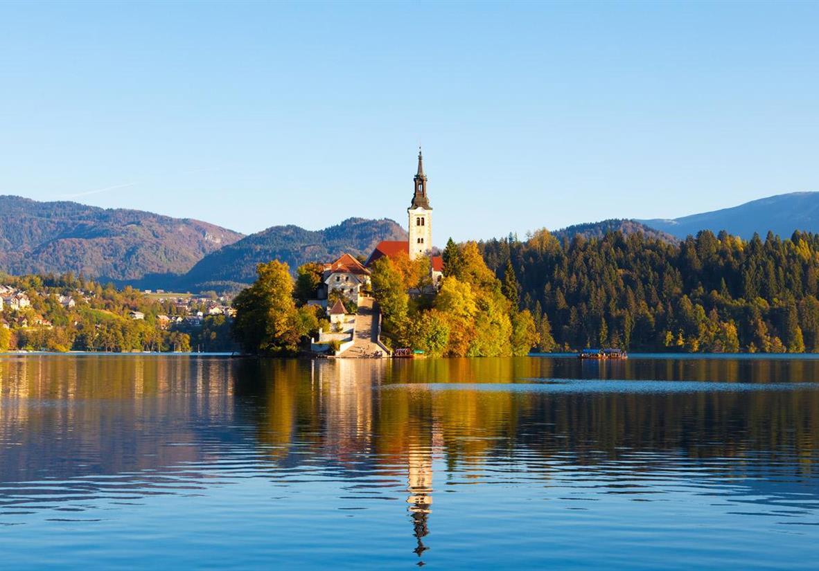 Berge Seen in den Julischen Alpen