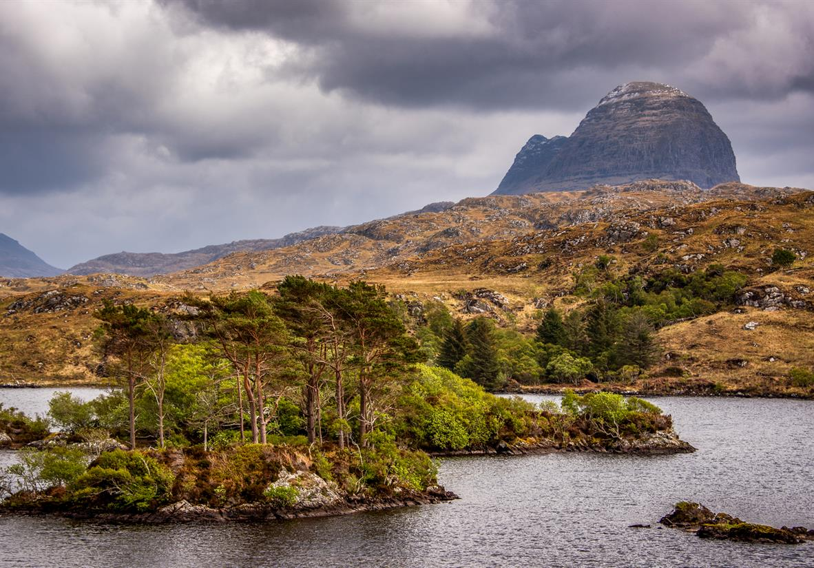 Suilven's unusual flanks from the roadside