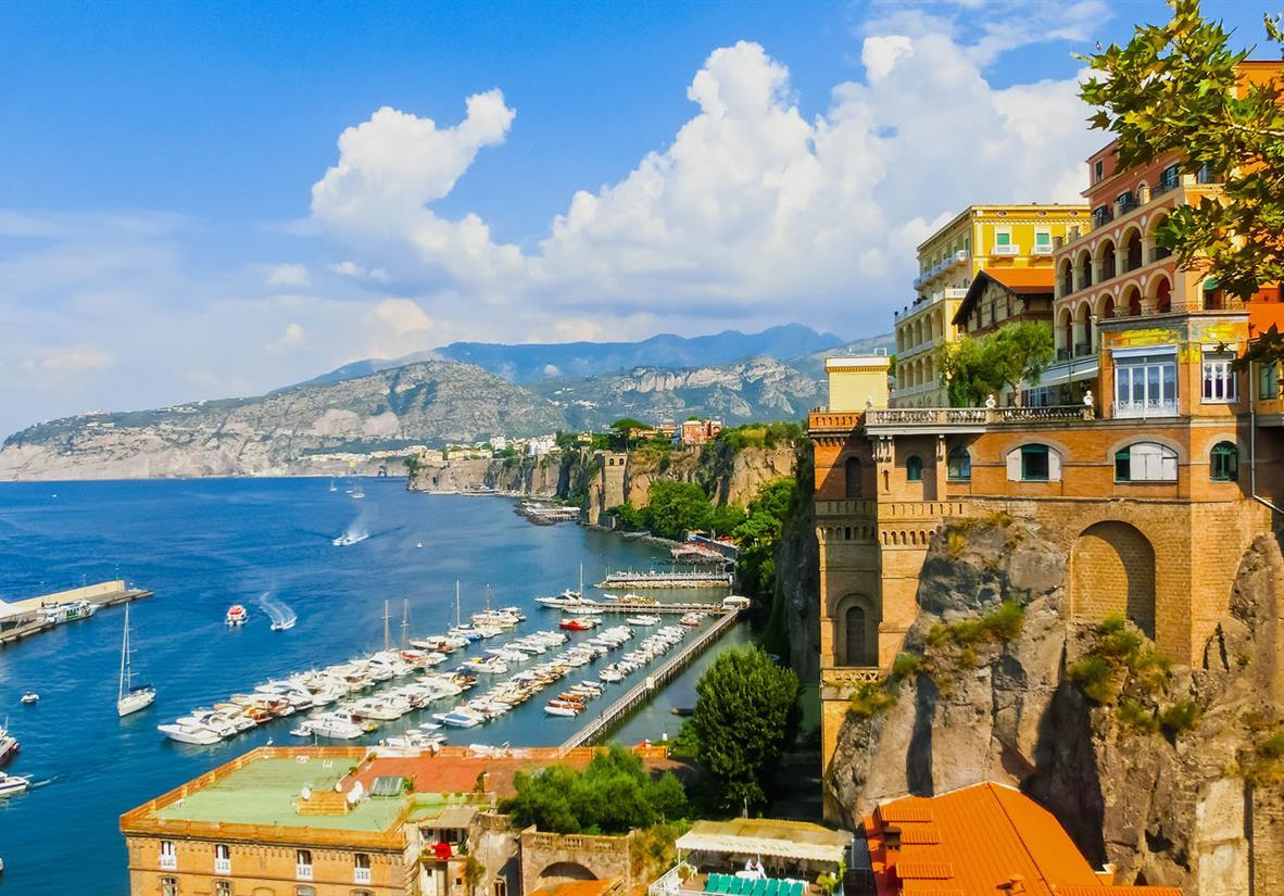 Der Hafen von Sorrento
