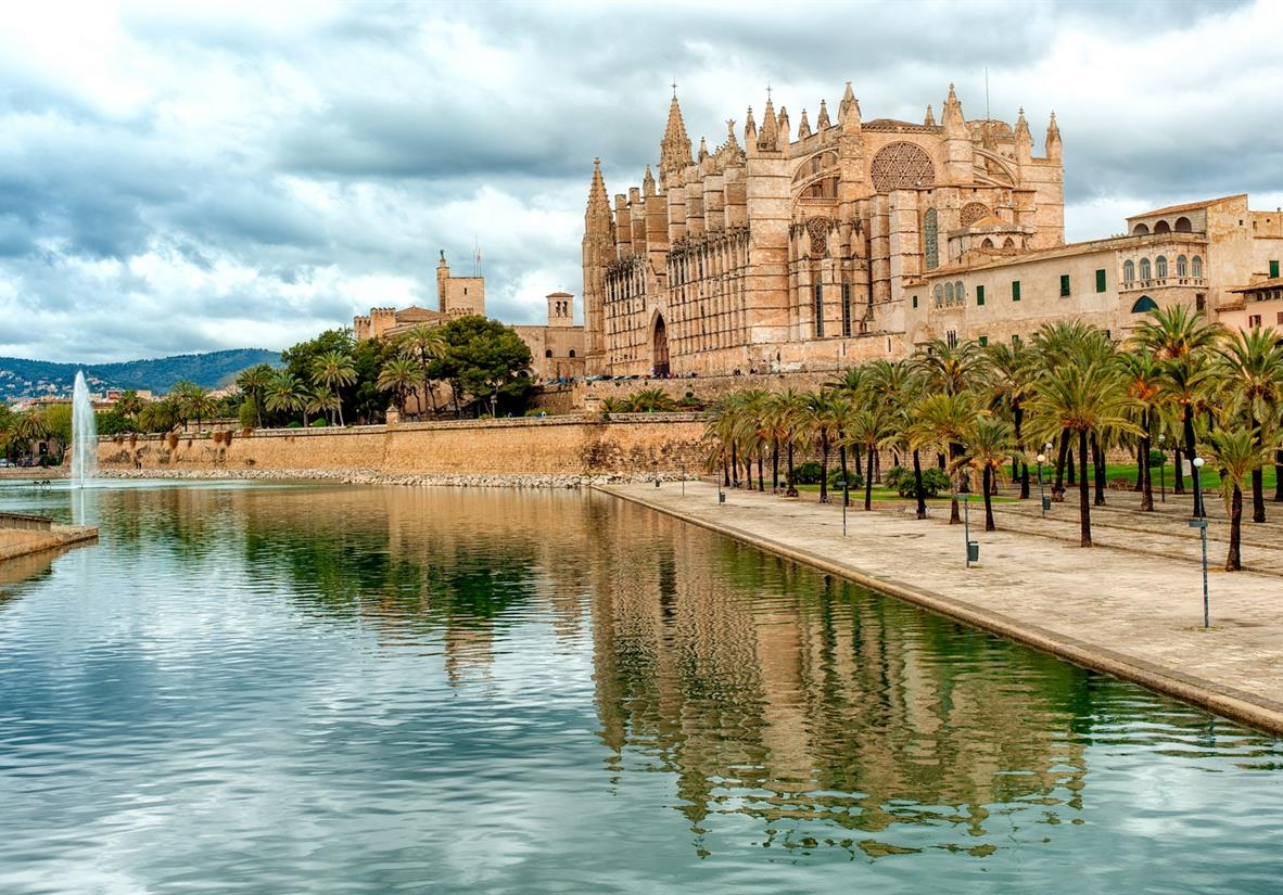 Visit the cosmopolitan city of Palma