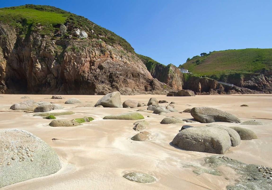 A sandy rocky cove, Greve de Lecq