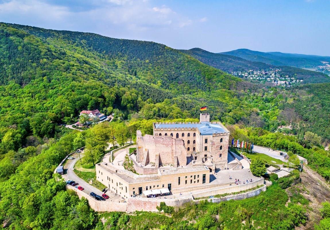 Burgen und Burgruinen in der Pfalz