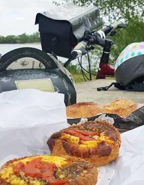 Food & Wine Biking France