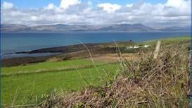 Hiking the Sheep's Head Peninsula in Ireland